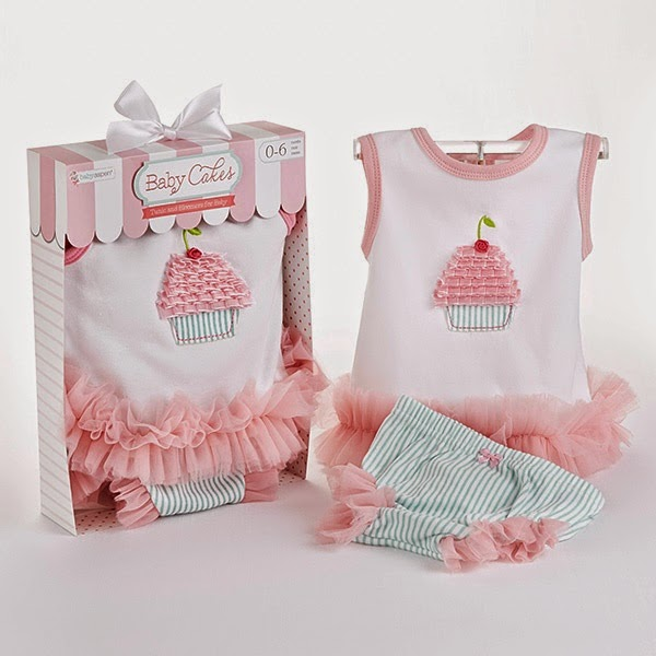 Newborn cupcake tunic and bloomers
