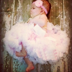 Pink fluffy pettiskirt and hair accessory for baby girl